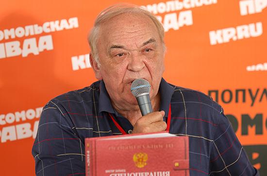 Эксперт предположил, что могли обсуждать главы генштабов России и Турции