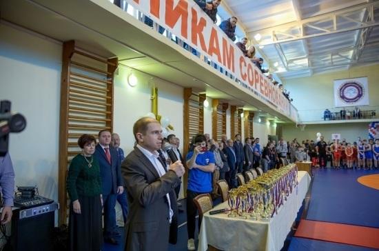 Романов приветствовал участников Всероссийского турнира по греко-римской борьбе