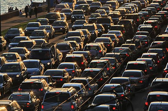 ГИБДД разрешила размещать на автомобилях с детьми спецзнак