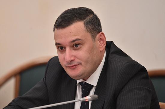 В Госдуме предлагают ввести уголовную ответственность для черных коллекторов, пишут СМИ