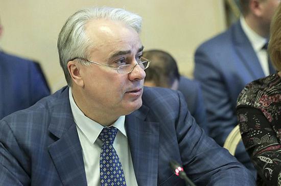 Завальный предложил продлить период перехода на концессии в ЖКХ до 2023 года