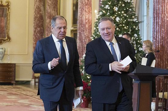 Лавров: Россия предложила США продлить СНВ-3