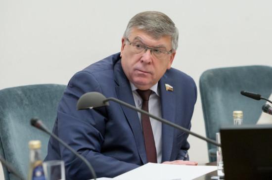 Рязанский: из федерального бюджета должна финансироваться закупка препаратов для всех заболеваний из перечня орфанных