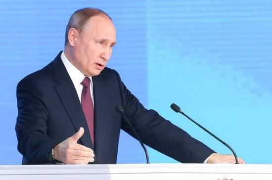 Путин заявил о необходимости расширить права субъектов военно-технического сотрудничества