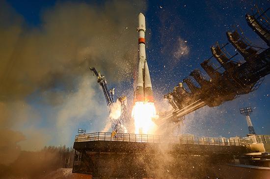 СМИ: Роскосмос планирует создать универсальный «лифт» на Луну