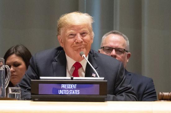 В палате представителей США поддержали импичмент Трампу