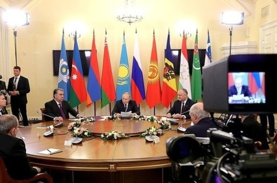 Путин прокомментировал резолюцию Европарламента об исторической памяти
