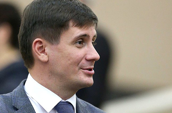 Деньгин: отмена роуминга может привести к увеличению турпотока между Россией и Белоруссией
