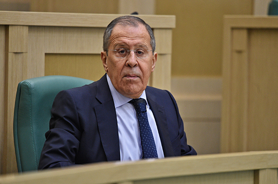 Лавров: никакое давление не заставит Россию отойти от своего внешнеполитического курса