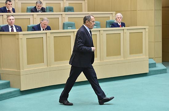 Лавров: Россия будет добиваться прекращения дискриминации русскоязычных граждан Украины
