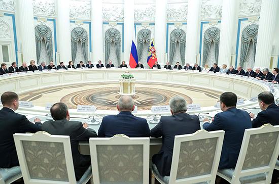 Путин рассказал о приоритетах в работе законодателей на 2020 год