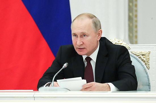 Путин рассказал о ходе расселения аварийного жилья в России