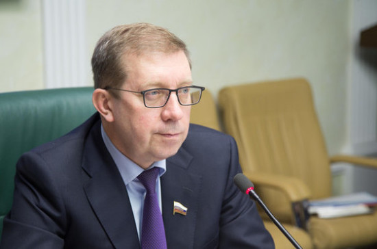 Майоров: проблемы развития села всегда находятся в центре внимания Совета Федерации