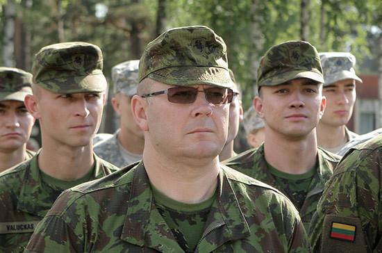 Литовских военных перевели с базы в Ираке в Кувейт