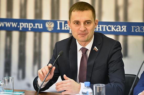 Шатохин оценил проект ФСИН по трудоустройству заключённых