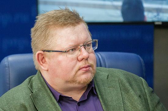 Данилин: Польша пытается на законодательном уровне запретить историческую правду