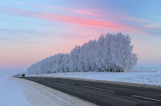 ГИБДД Татарстана рекомендует водителям избегать опасных маневров в гололед