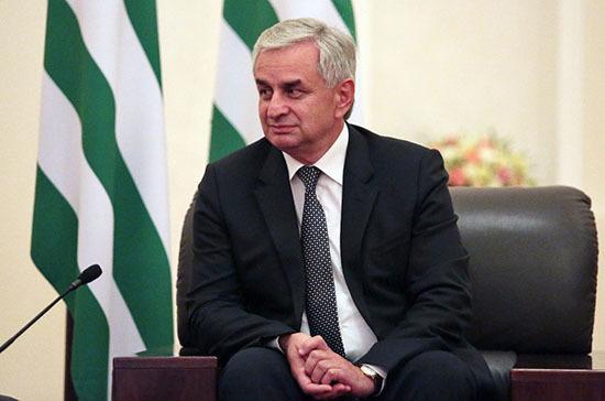 В Сухуме проходит встреча президента Абхазии с представителями оппозиции