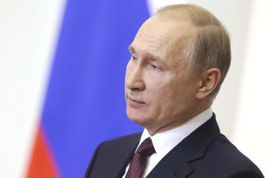Путин поздравил с профессиональным праздником работников прокуратуры