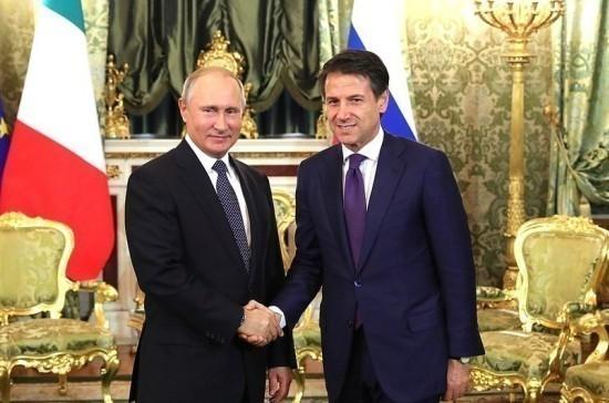 Путин и Конте обсудили ситуацию в Ливии