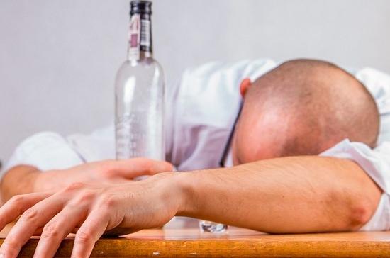 СМИ: пьяных правонарушителей планируют направлять на принудительное лечение