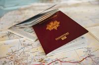 В Совфеде предлагают запретить дипломатам иметь двойное гражданство