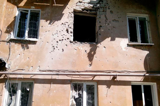 Донецк подвергся артиллерийскому обстрелу