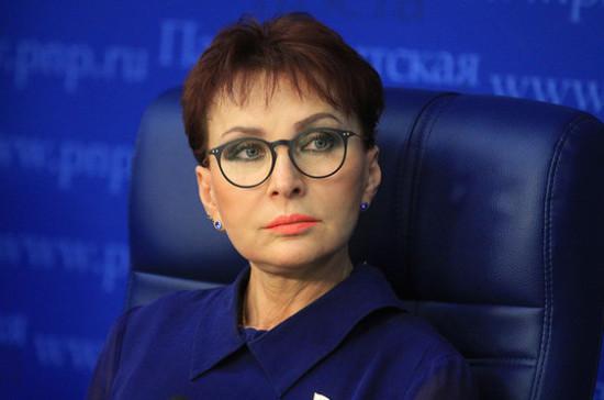 Кусайко поддержала инициативу о введении почётного звания «Народный врач РФ»