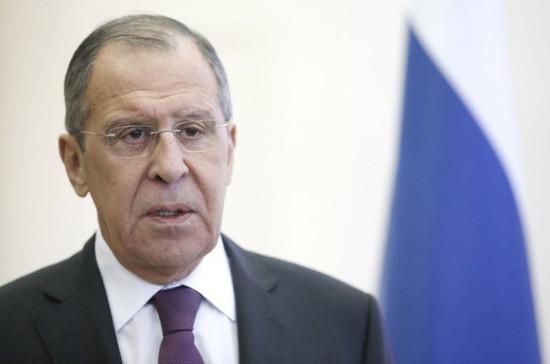 Россия и Турция будут налаживать работу по отмежеванию оппозиции от террористов в Сирии, заявил Лавров