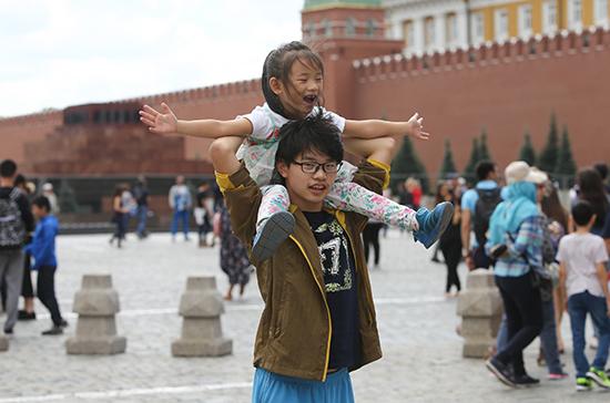 Россия может лишиться до 100 млн долларов в 2020 году из-за закрытия въезда китайским туристам