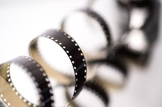 Минюст предложил штрафовать за распространение «вредных» фильмов