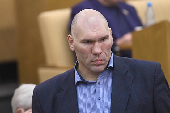 Валуев поддержал законопроект о вольерной охоте