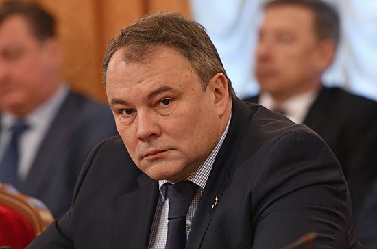 Толстой: из России нужно высылать послов стран, разрушающих советские мемориалы