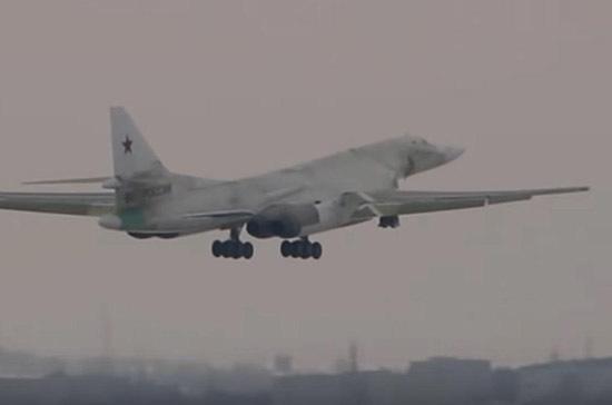 Эксперт рассказал о преимуществах нового российского бомбардировщика