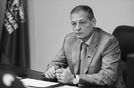Неверов подтвердил смерть депутата Госдумы Хайруллина