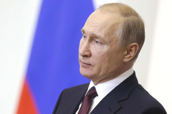 Путин поздравил сотрудников и ветеранов МИД с профессиональным праздником