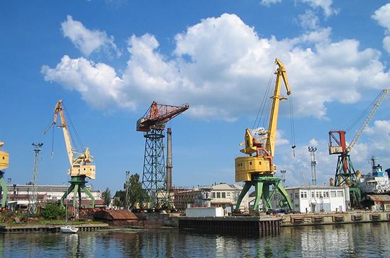 В Рижском порту зафиксировали снижение объёма перевалки грузов