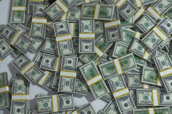 Число очень богатых людей в мире за год выросло на 10%