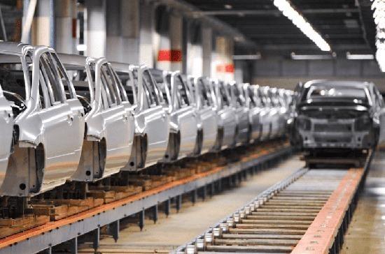 Экономист призвал развивать импортозамещение в промышленности