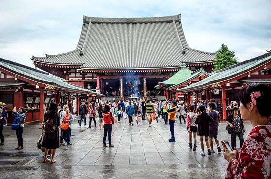 МИД Литвы рекомендовал гражданам временно отказаться от поездок в Китай