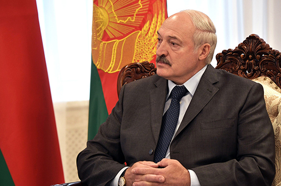 Лукашенко: Путин предложил возместить выпадающие из-за налогового манёвра доходы Минска