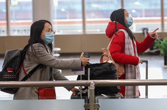 У летевшего транзитом через Москву пассажира выявили коронавирус