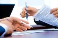Региональным депутатам могут разрешить управлять коммерческими организациями и НКО