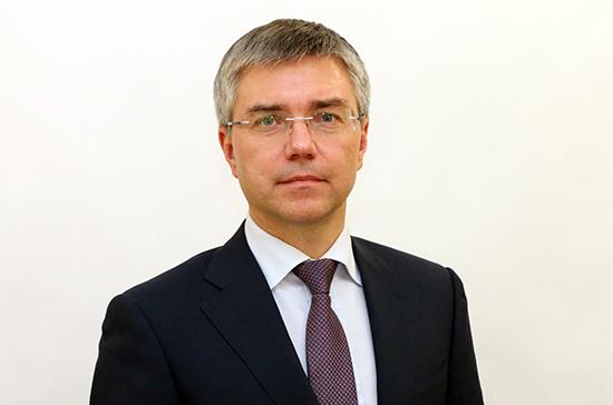 Ревенко назвал логичным предложение провести досрочные выборы в Госдуму