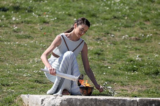В Греции отменили эстафету Олимпийского огня