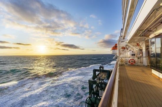 На лайнере в Карибском море из-за коронавируса заблокированы 38 россиян
