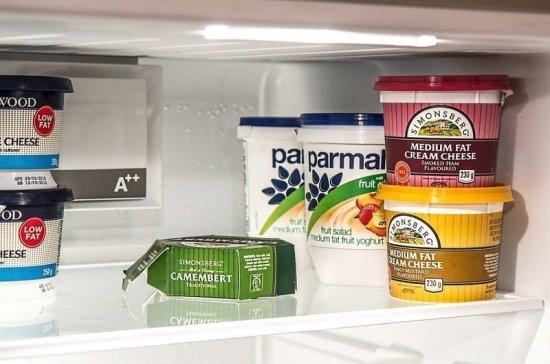 Эксперты рассказали, как правильно расположить продукты в холодильнике