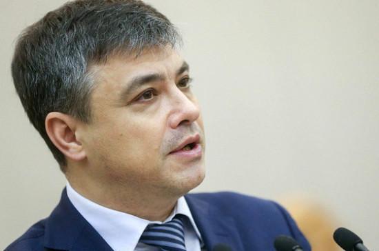 Морозов оценил законопроекты, направленные на повышение доступности лекарств