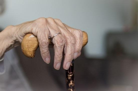 В Роспотребнадзоре рассказали о мерах профилактики коронавируса для пожилых