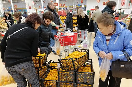 В Литве ажиотажный спрос на продукты, премьер призвал не повышать цены